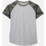Cotton On Kids Max ショーツ Sleeve Raglan Tシャツ / light grey marle/camo sleeves